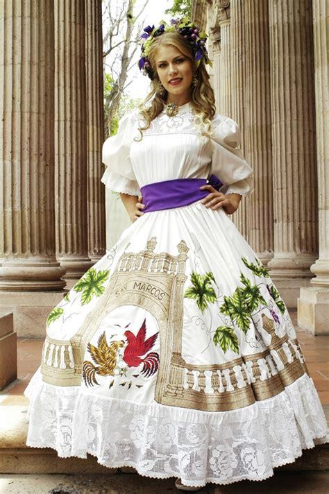 imagenes de vestidos de novia tradicionales traje tipico del estado aguascalientes mexico ferias
