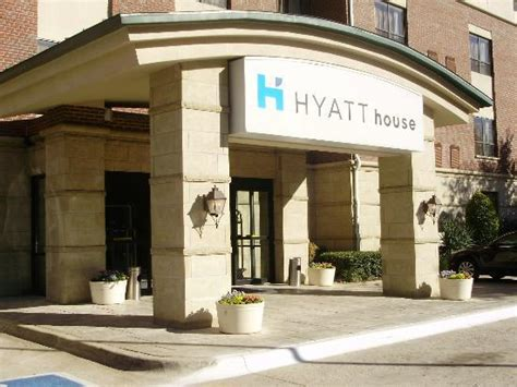 hyatt house dallas 301 moved permanently