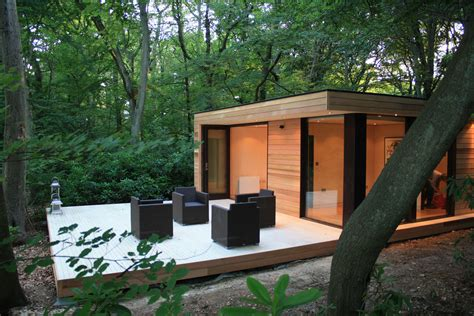 backyard offices garden rooms in it studios