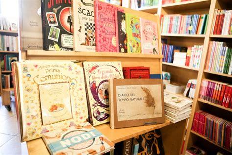 libreria fantasia libreria fantasia in santa caterina un regno di carta per