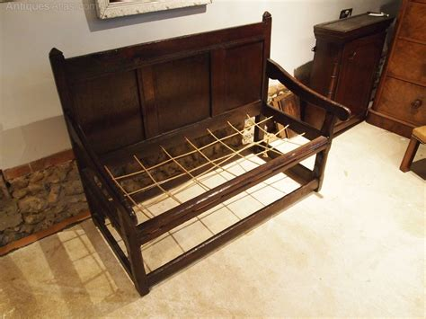 cloverleaf home interiors settle bench small charles ii oak c1660 antiques atlas