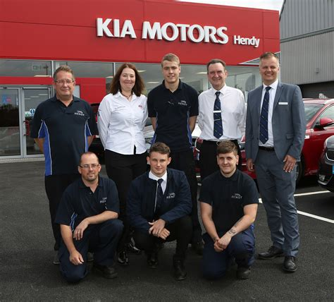 top of the line kia car hendy kia opens top of the line showroom in portsmouth