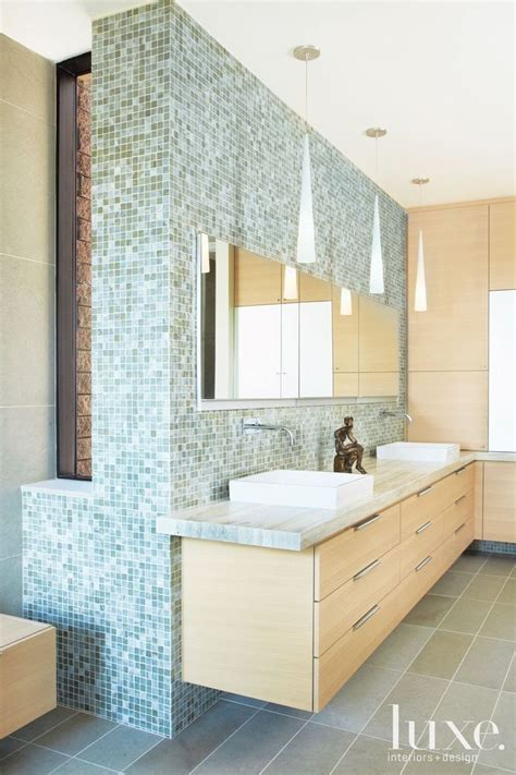 Serene Bathroom Colors by 25 Best Ideas About Serene Bathroom On