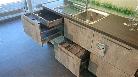 küche aus beton beton k 252 che spritzschutz