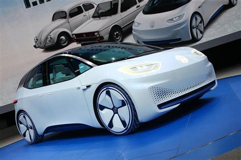volkswagen electric car paris 2016 volkswagen i d electric concept car gtspirit