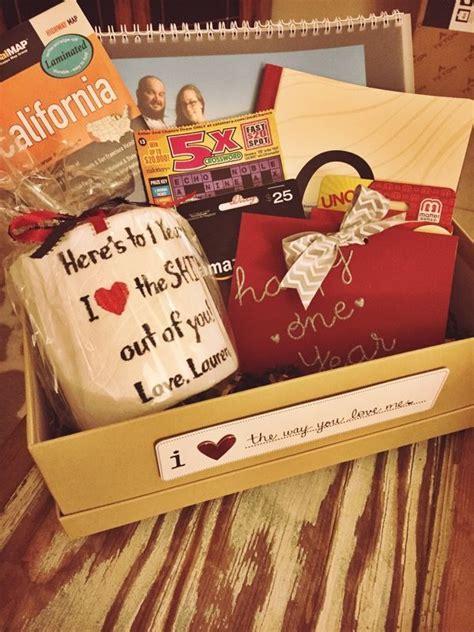 "1st Anniversary ""paper"" gift box idea for husband   Mama"