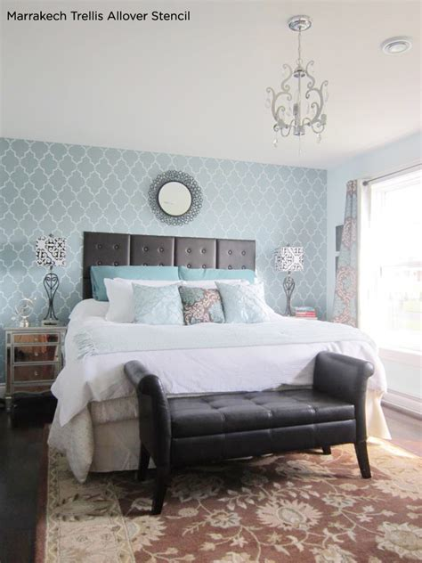 stunningly stenciled bedroom 171 stencil stories