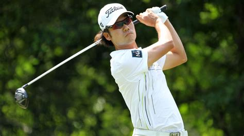kevin na golf swing kevin na despite many waggles and practice swings leads