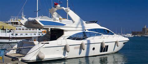 barche cabinate barche cabinate la cura dello yacht