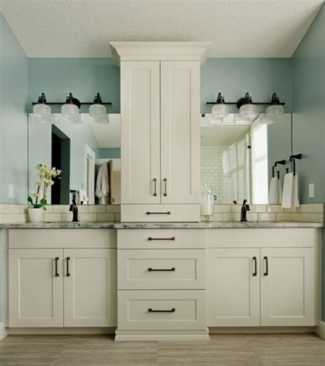 ideas for bathroom vanities and cabinets best 25 master bath vanity ideas on pinterest master