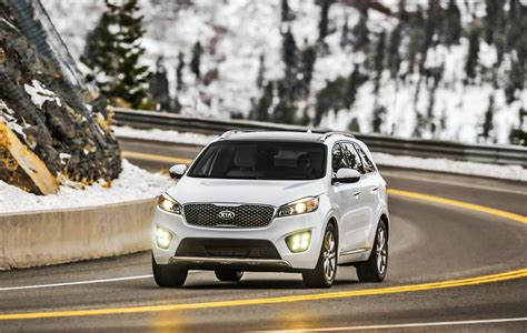 Second Kia Sorento 2017 Kia Sorento Enters Second Model Year With New Tech