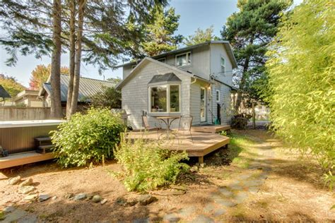 Cannon Cottage Rental by Buren S Cottage 2 Bd Vacation Rental In Cannon Or Vacasa