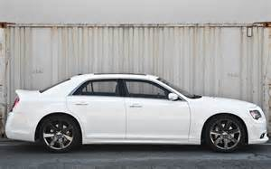 300 Chrysler Srt8 2013 Chrysler 300 Srt8 Side Photo 9