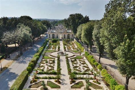 giardini segreti i giardini segreti pi 249 belli di roma non tutti conoscono