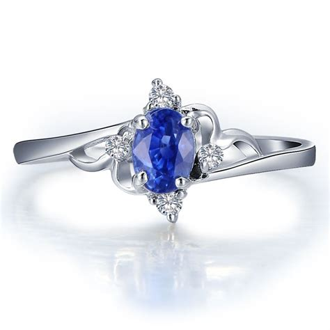 sapphire with engagement ring on 10k white gold