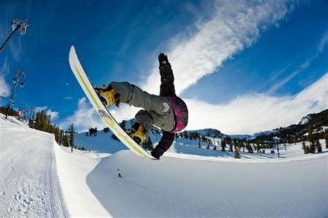 best freestyle snowboards the key specs for choosing the best freestyle snowboard