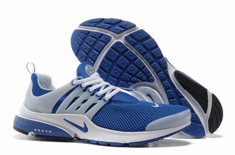 Sepatu Wanita Terbaru Gaya Kuliah Running Keren Nike Plyknite 2 8 sepatu pria bagus dan keren yang lagi nge trend sekarang