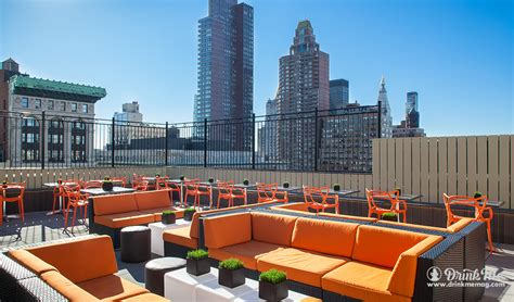 roof top bar manhattan the 8 best rooftop bars in nyc drink me