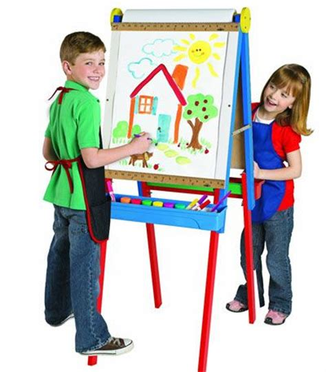 easels for toddlers 10 best images about kids easels on pinterest chalkboard