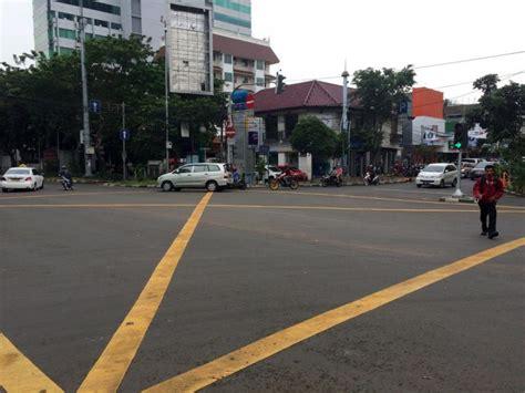 Tahu Kuning Kotak garis kotak kuning di perempatan jalan raya apa sih oleh