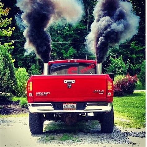 cummins truck rollin coal dodge ram cummins diesel truck rolling coal trucks