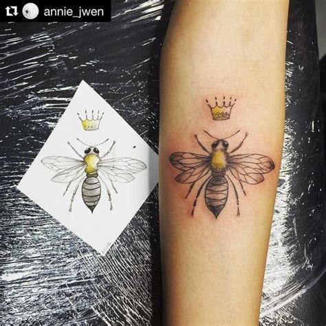 queen bee tattoo best 25 bee ideas on bee