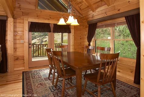 southern comfort distillery tour gatlinburg cabin southern comfort 1 bedroom sleeps 6