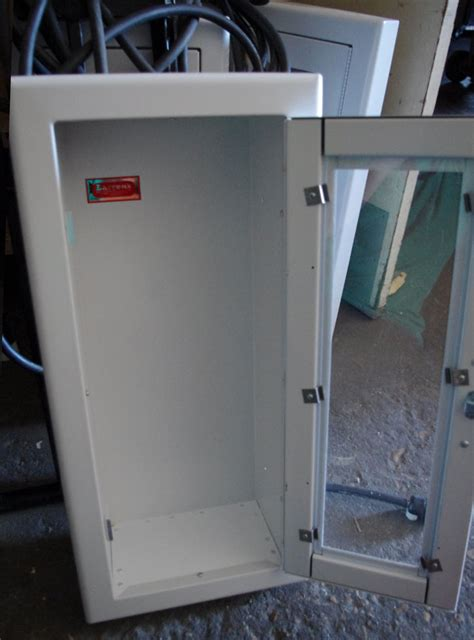larsen extinguisher cabinets 2409 r3 larsen recessed extinguisher cabinet extinguisher ebay