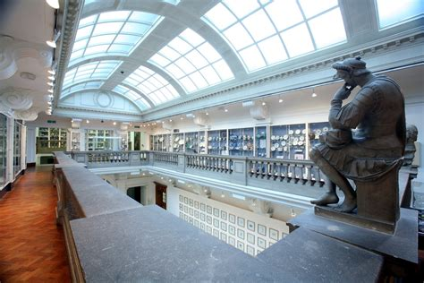 glynn vivian art gallery swansea   city