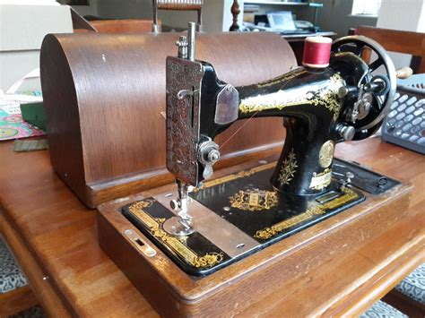 vintage singer featherweight 221 sewing machine sews antique singer sewing machine in south africa clasf leisure