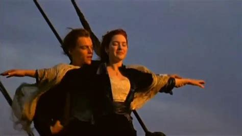titanic movie boat scene titanic quot i m flying quot front of the boat scene movie
