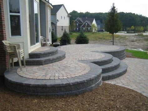 How To Level Patio Pavers by Elevated Patio Designs History Of Brick Paver Raised