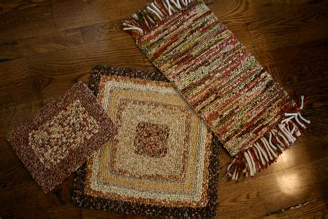 Rug Hooking With Fabric Strips by Mimi S Things Locker Hooking