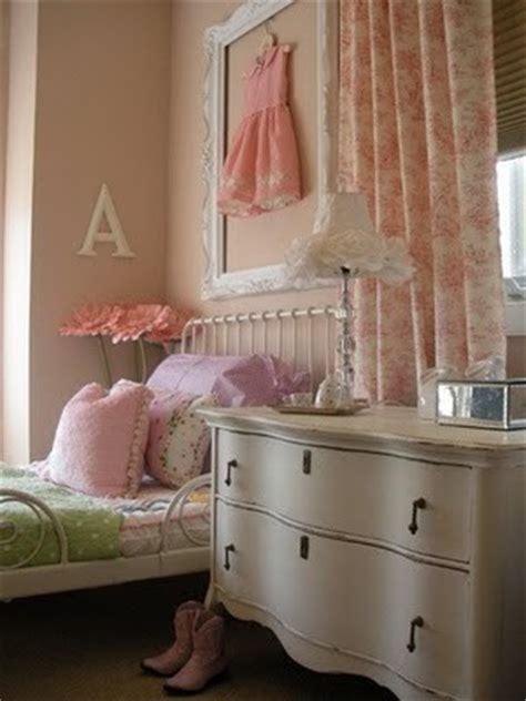vintage girly bedroom vintage girl room ideas modern diy art designs