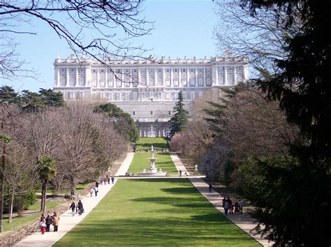 Sabatini Gardens by High Speed Tour Madrid Cordoba Seville Zicasso