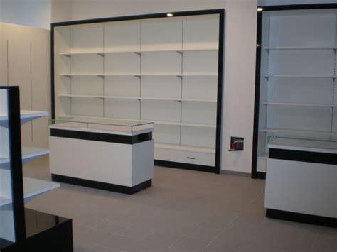 montaggio arredamenti negozi linea m servizi montaggio arredamenti negozi uffici