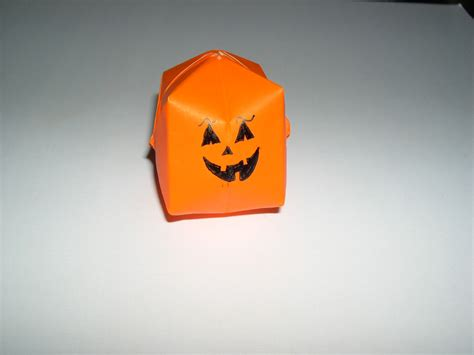 Origami Pumkin - origami pumpkins food ideas