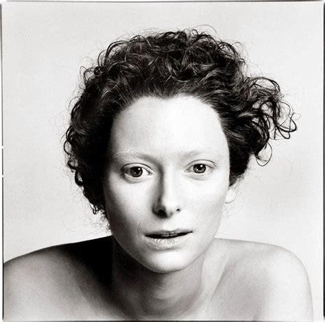 richard avedon biography fashion portrait photographer richard avedon