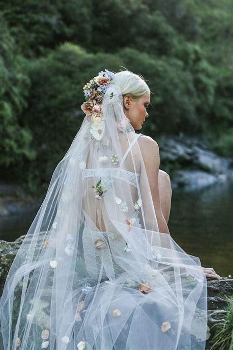 Flower Wedding Veil 25 best ideas about flower veil on flower