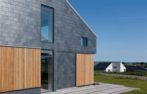 slate house a natural slate fa 231 ade for the world s first active house cupa pizarras