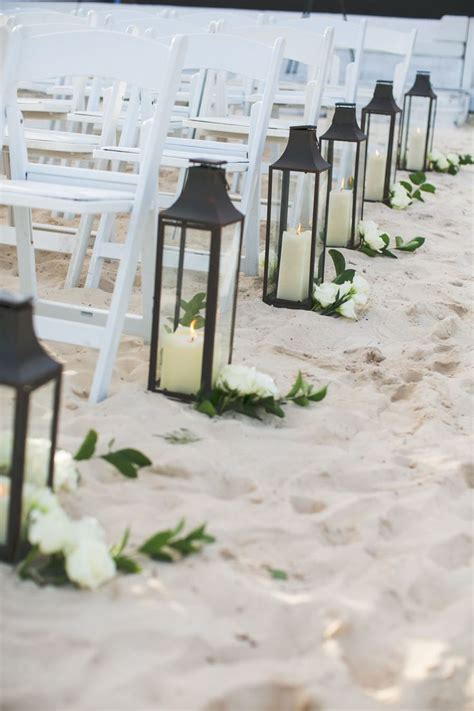 Best 25  Beach wedding decorations ideas on Pinterest