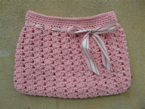 crochet ribbon bag pattern the fabric used as a decorative ribbon for the hobo bag to