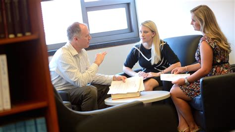 Um Mba Requirements Gpa by Honors College Students Get Taste Of School Ole Miss