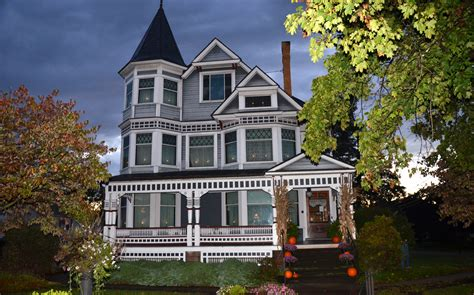 mansion houses victorian house museum holmes county historical society