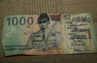 gambar uang dicoret coret  lucu tetapi sebenarnya