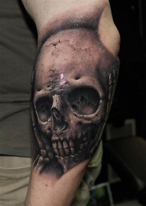 tattoo realism 80 amazing exle of cool skull tattoo designs golfian com