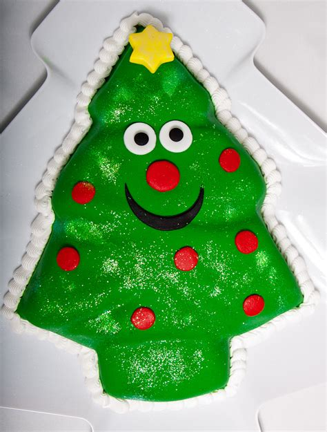 christmas tree cake scrumdiddlyumptious