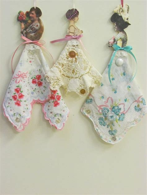 Paper Dolls Craft - this reminds me of that tissue paper doll kits that