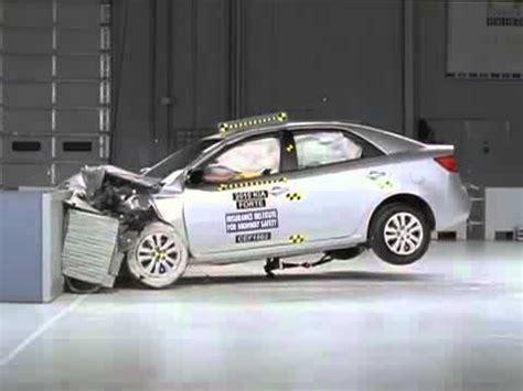 kia forte iihs crash test 2010 20 kia forte cerato frontal offset