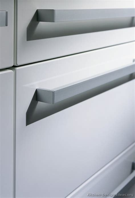 Kitchen Hardware Nz Kitchen Handles Kitchen Design Kitchen Design Auckland